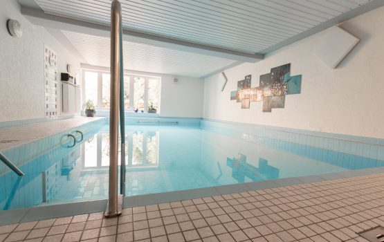 Schwimmbad_Haus_Erholung_03